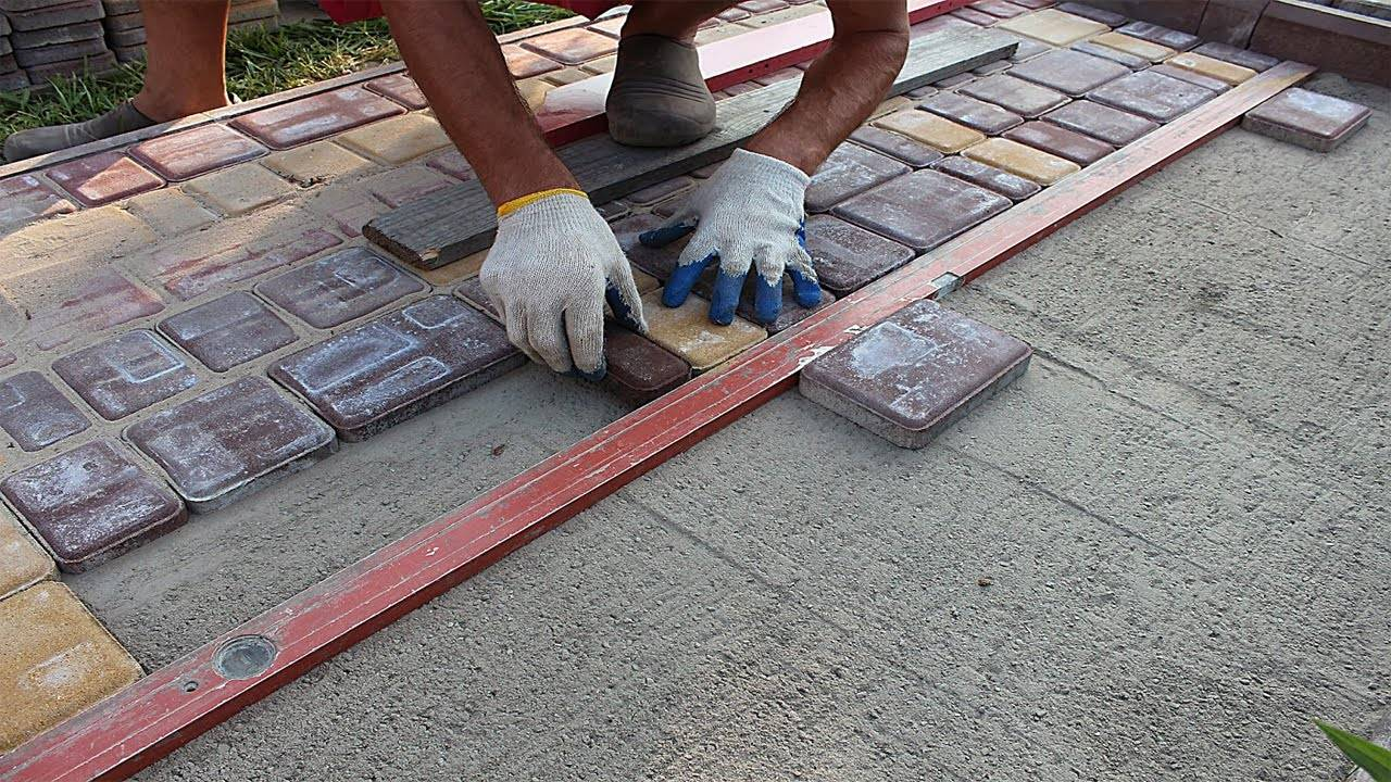 Делаем дорожку из тротуарной плитки технология укладки