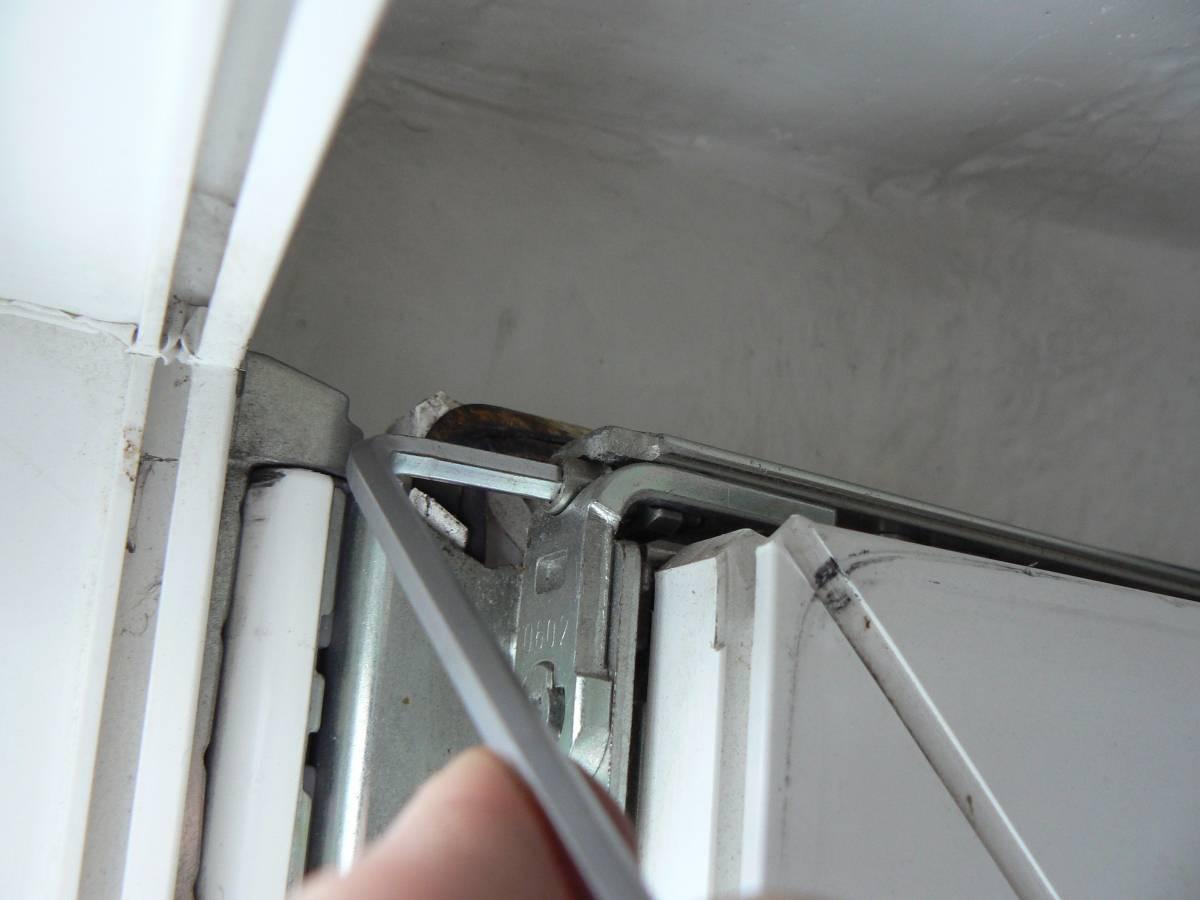 Регулировка пластиковых окон (46 фото): настройка пвх-конструкций своими руками, ремонт стеклопакетов, как отрегулировать самостоятельно