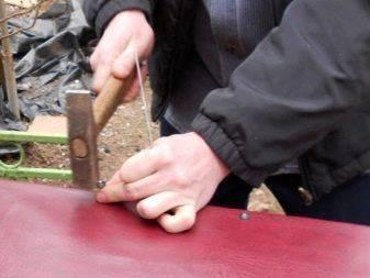 Как сделать обивку двери своими руками: видео и инструкции, как обшивать двери дермантином