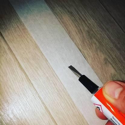 Как склеить линолеум: методы склейки линолеума между собой в стык в домашних условиях