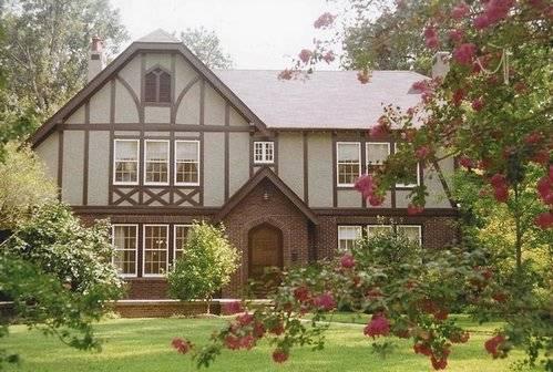 Дом в английском стиле: как использовать подобный дизайн в наших реалиях