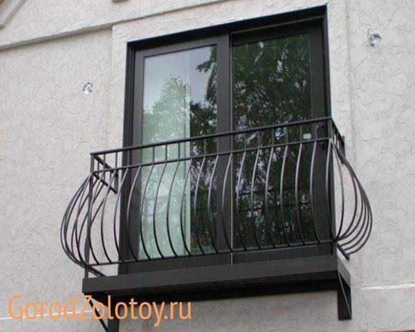 Кованый французский балкон: фото вариантов