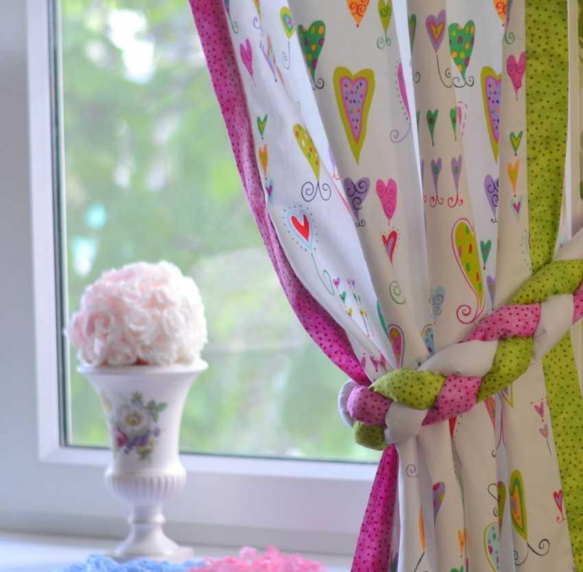 Как украсить шторы: 106 фото современных дизайнерских идей. инструкции и мастер-классы!