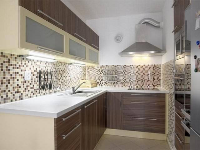 Укладка плитки на кухне своими руками