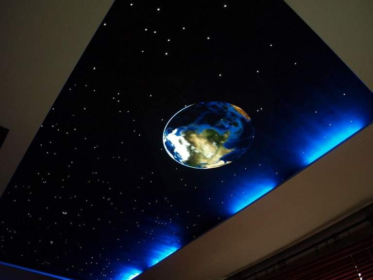 Звездное небо на натяжном потолке, разнообразие решений!