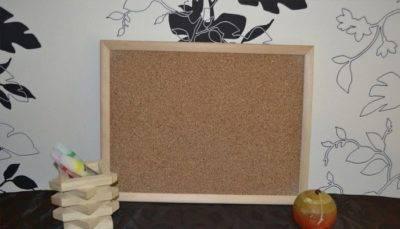 Пробковая доска на стену: универсальный органайзер для всей семьи – советы по ремонту