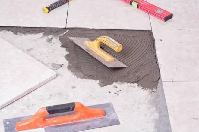 Усиленный клей для плитки «крепс» объемом 25 кг (25 фото): технические характеристики клея «стандарт» и «базового»