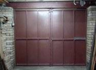 Распашные гаражные ворота: преимущества, особенности конструкции, изготовление своими руками
