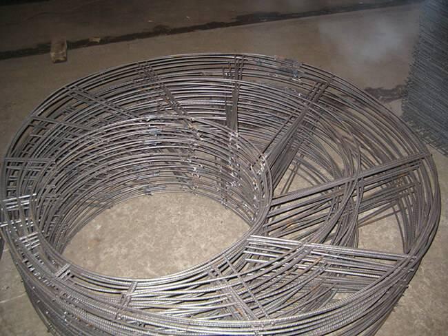 Колодец своими руками из бетонных колец: вода и камень