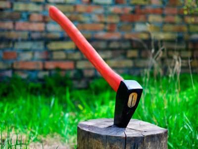 Делаем приспособление для колки дров своими руками