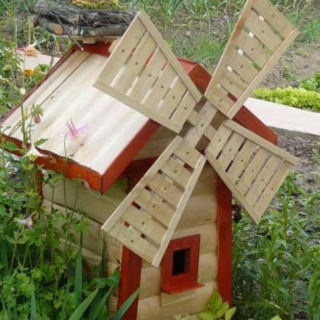 Мельница своими руками для сада: материалы и решения. Особенности срубов, каркасных и фанерных конструкций