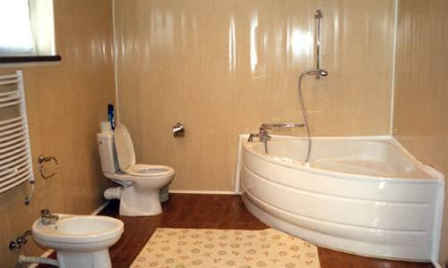 Пластиковые панели для ванной: 45 фото доступных интерьеров