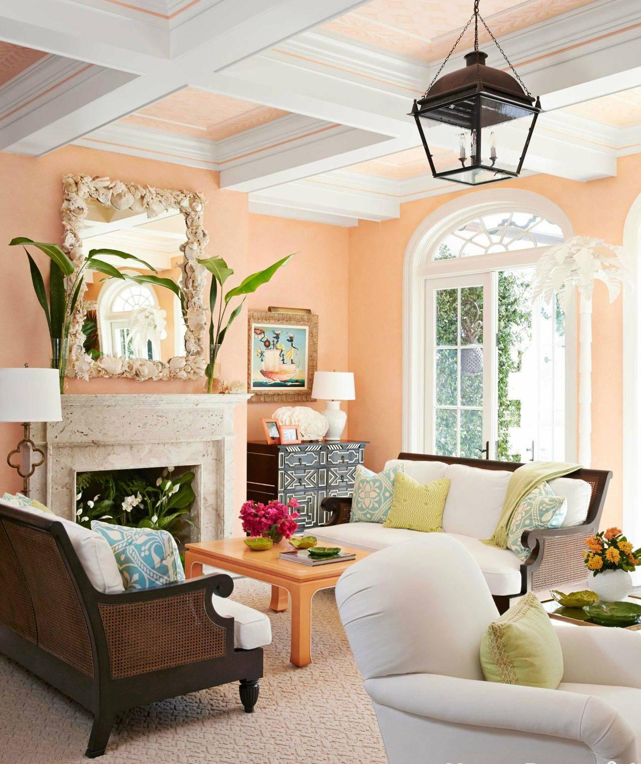 Персиковые обои в интерьере с фото