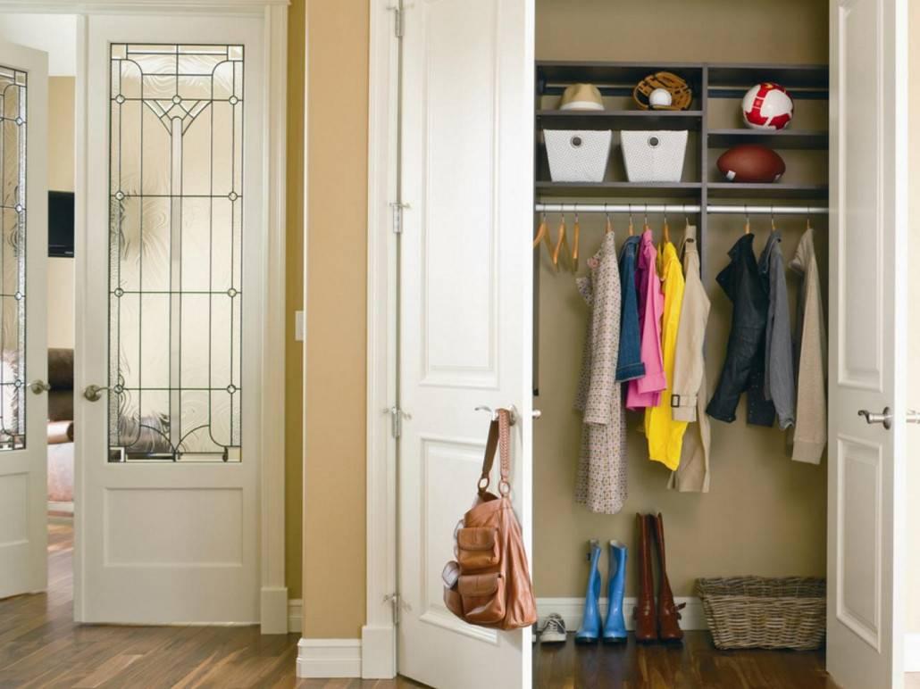 Гардеробная в прихожей (59 фото): как сделать гардероб в  маленькой прихожей, мини-системы из массива классика