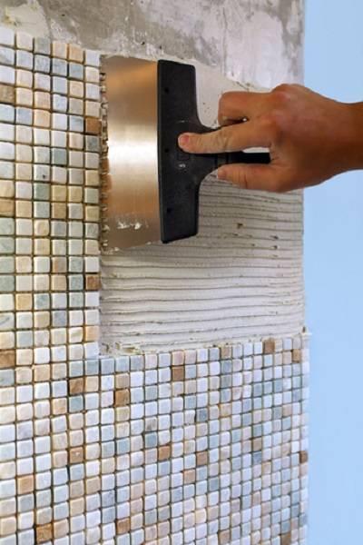 Как правильно приклеить мозаику?