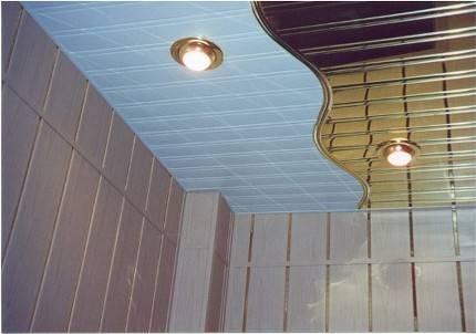 Реечный потолок в ванной своими руками