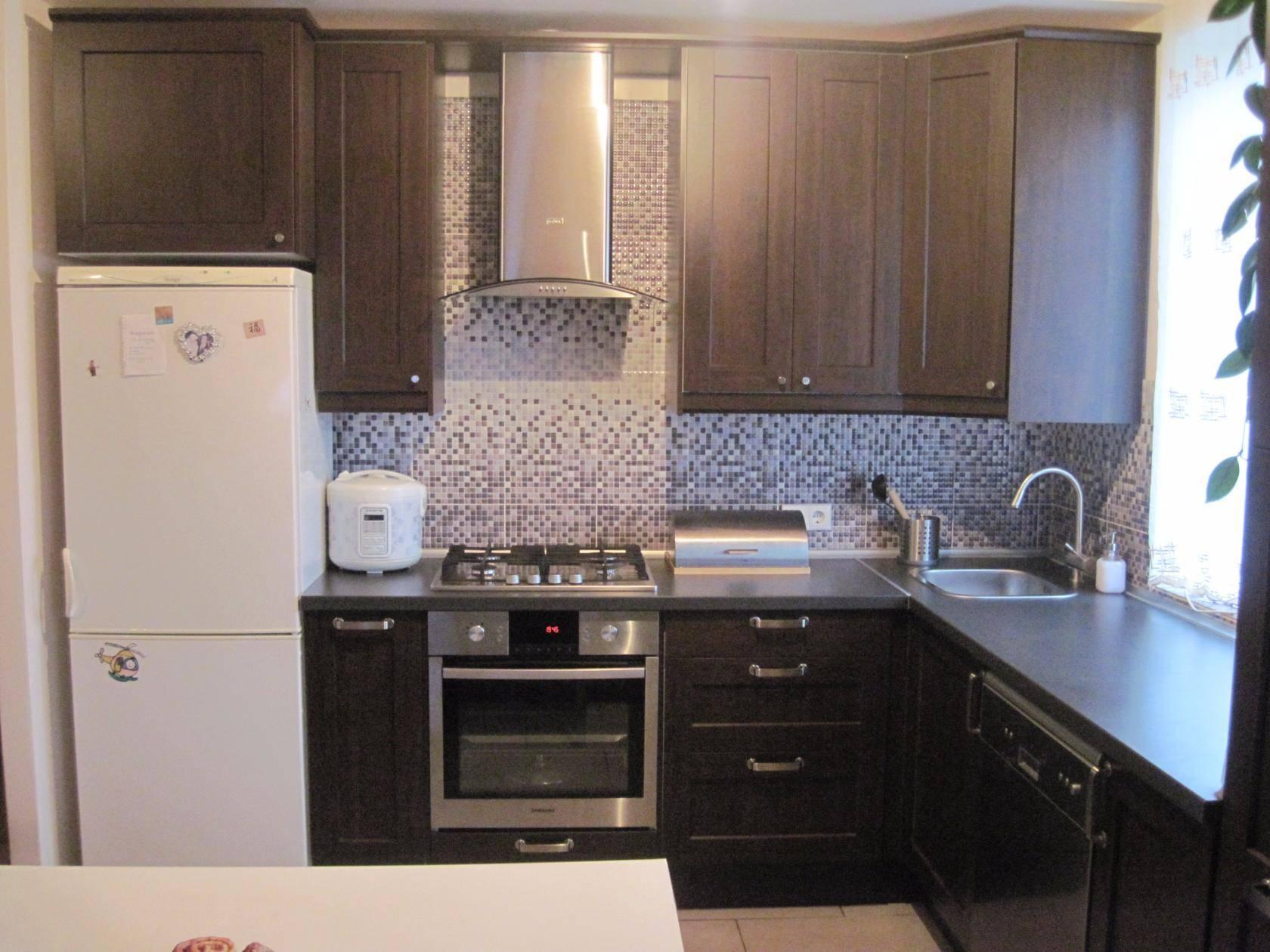 Темная кухня: черный пол или гарнитур в современном интерьере, серые тона и сочетания