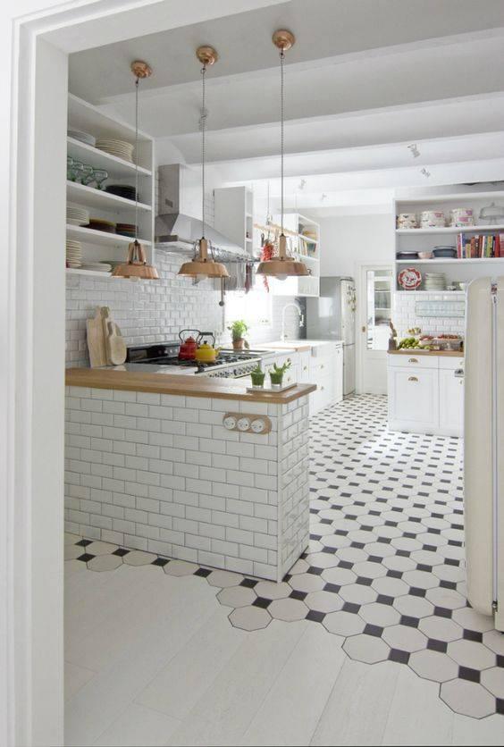 Плитка для кухни на пол: 60+ фото в интерьере, современные идеи облицовки