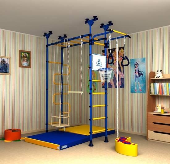 Шведская стенка для детей в квартиру: деревянные и металлические домашние споркомплексы, с креплением к стене и потолку (37 фото)