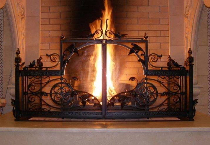 Стеклянная дверь для камина – отличительные конструктивные особенности, выбор материалов и инструкция по изготовлению своими руками