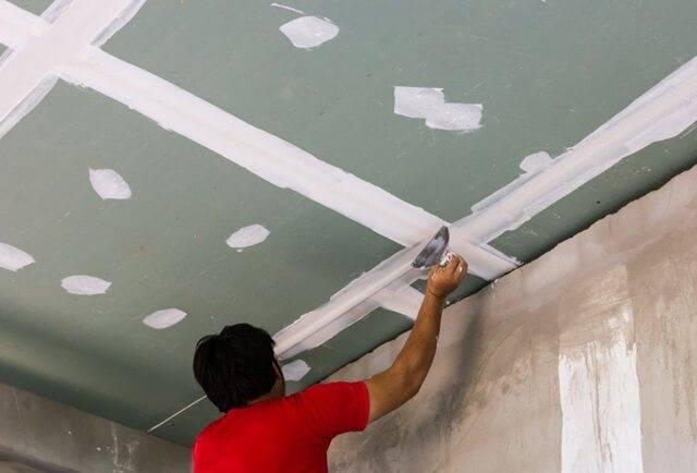 Выравнивание потолка – как выровнять потолок при помощи штукатурки, шпаклевки и гипсокартона (110 фото)
