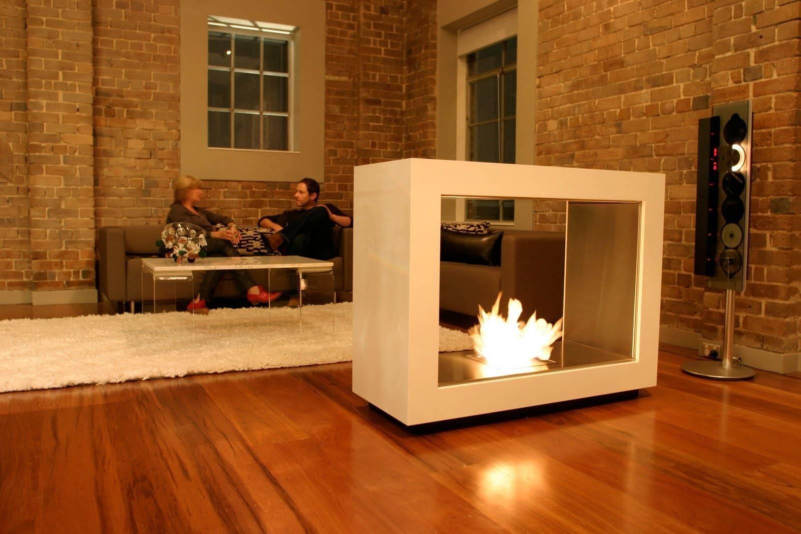 Электрический камин в интерьере гостиной (56 фото): встроенный электрокамин