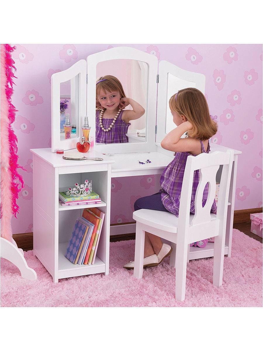 Туалетный столик для девочки с зеркалом (21 фото): для девочки-подростка и деревянный для малышек от 3 до 10 лет