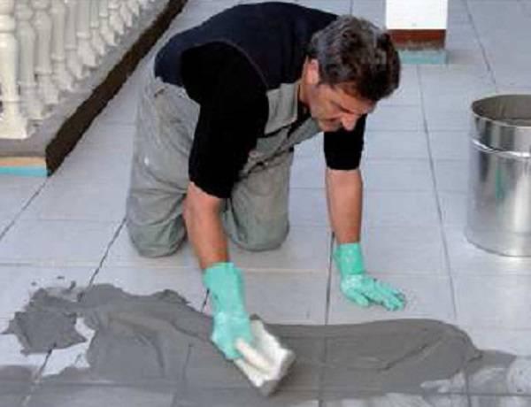 Затирка швов плитки в ванной своими руками: секреты профессиональных строителей