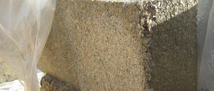 Блоки из цемента и опилок: плюсы и минусы