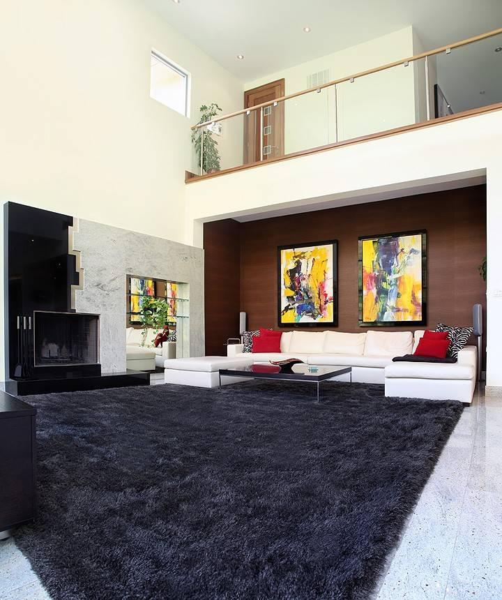 Белый ковер (51 фото): овальный мягкий пушистый коврик с длинным ворсом в интерьере гостиной