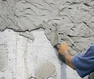Для чего нужна грунтовка стен перед штукатуркой?