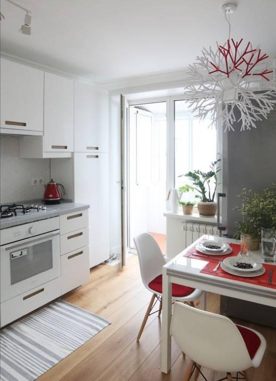 Можно ли встроить обычный холодильник в шкаф: практические советы