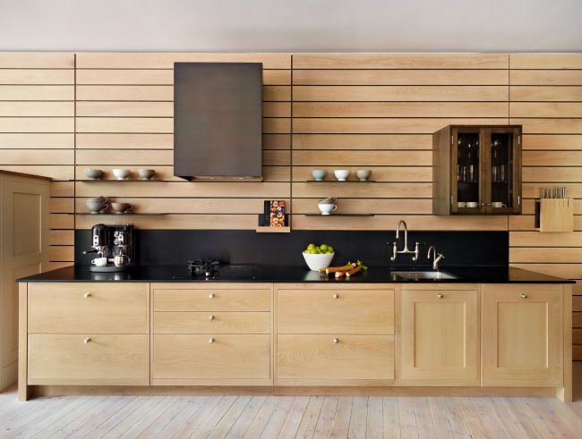 Кухни измассива дерева на60 фото: разновидности иправила ухода