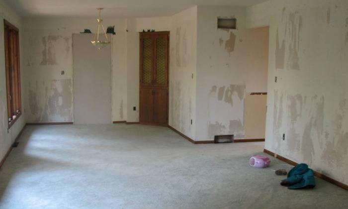 Подготовка стен под флизелиновые обои