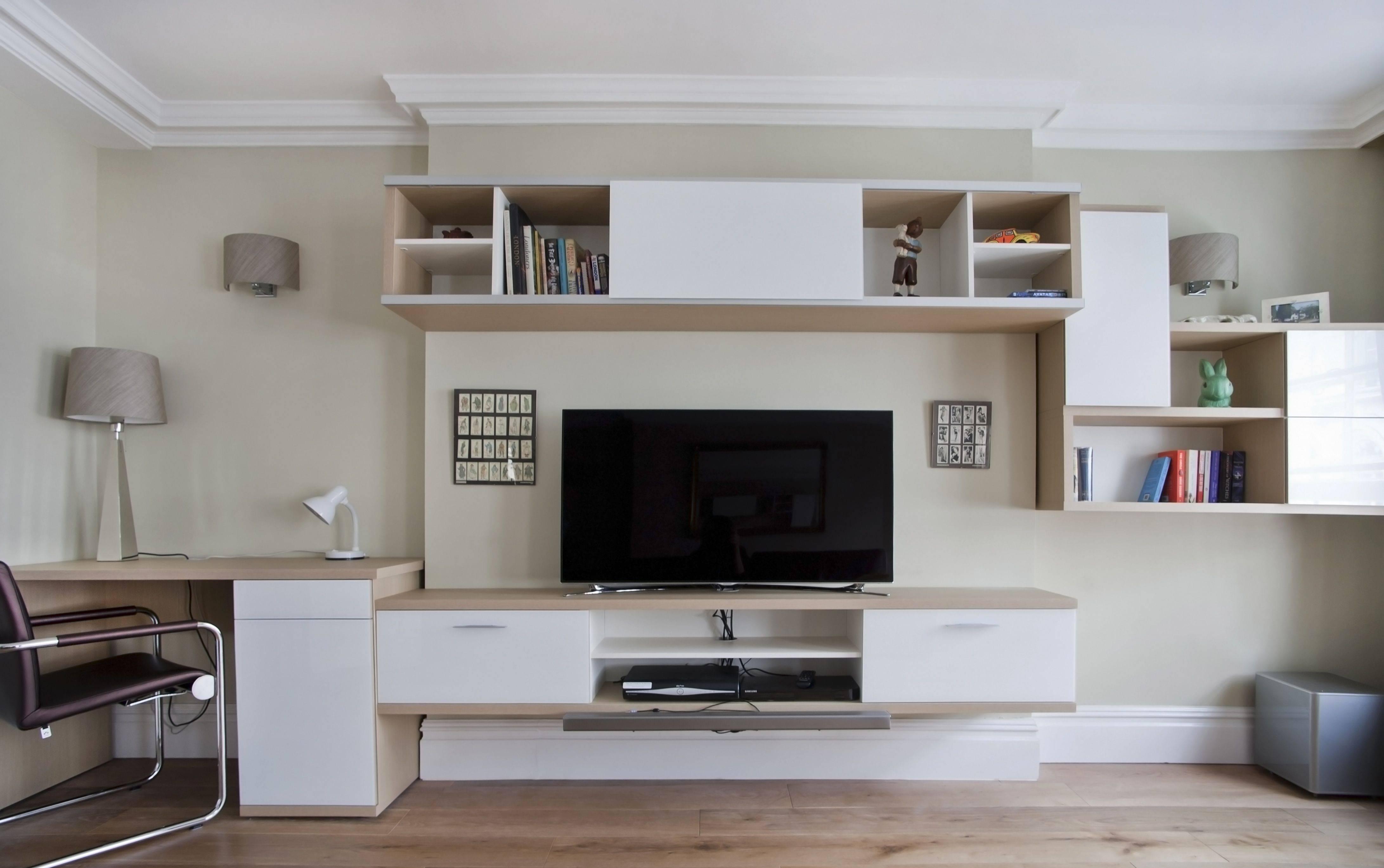 Стенка с компьютерным столом: встроенные и угловые модели со шкафом и местом для компьютера в комнату