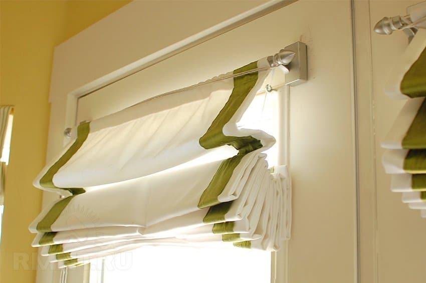 Как крепить римские шторы на пластиковые окна? Все способы крепления, поэтапная установка