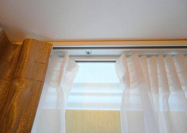 Как повесить шторы на потолочный карниз? (14 фото)