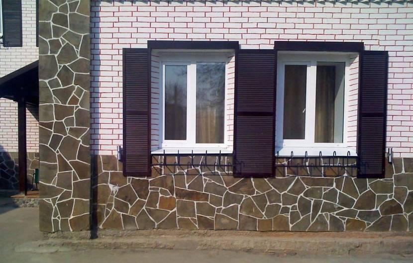 Отделка цоколя дома профнастилом — masterprofnastila.ru