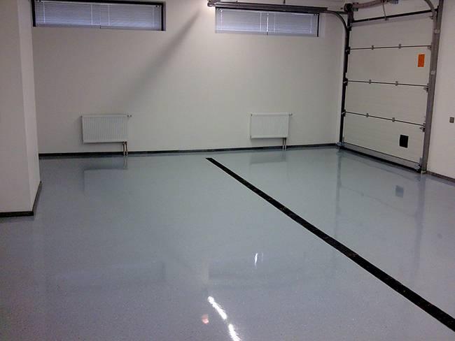 Покраска бетонного пола в гараже своими руками: выбор краски, подготовительные мероприятия и инструкция по окрашиванию