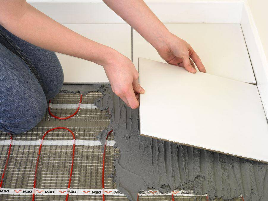 Укладка теплого пола под плитку: как правильно класть электрический кабельный теплый пол, как сделать, укладывать электрический теплый пол под плитку, как смонтировать кабельный пол, как постелить под кафель