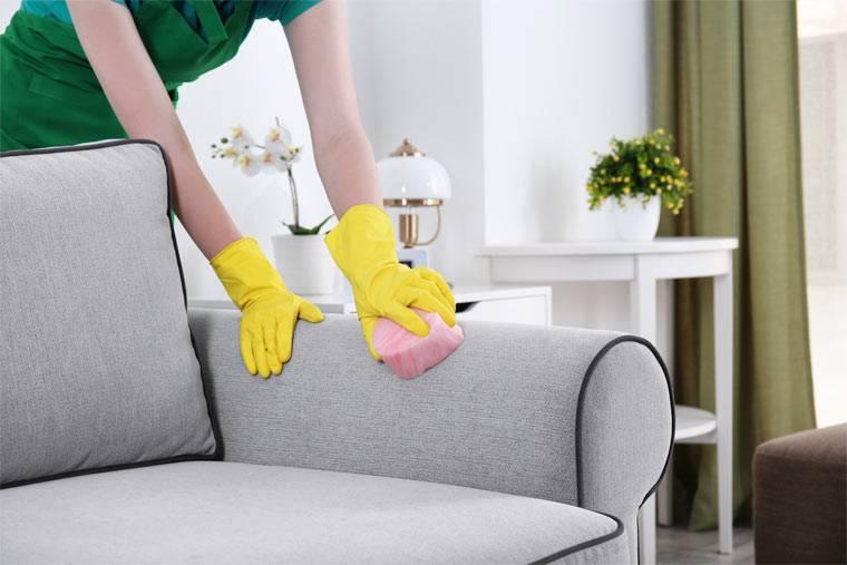 Выбираем средство для чистки диванов в домашних условиях
