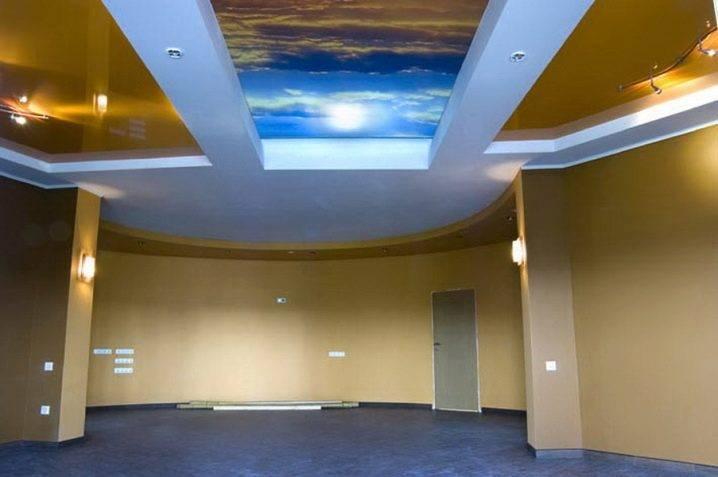 Тканевые натяжные потолки: плюсы и минусы, отзывы, фото примеров, сравнение с пвх