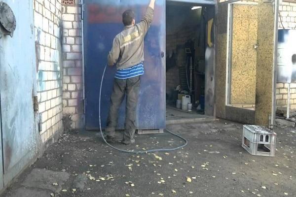 Покраска стен в гараже по штукатурке: какой цвет выбрать и топ-5 составов