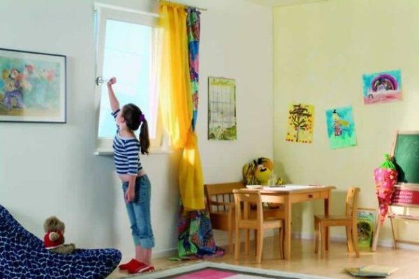 Защита окон на даче своими руками от воров- как сделать снаружи и внутри дома: от проникновения, солнца и детей +видео