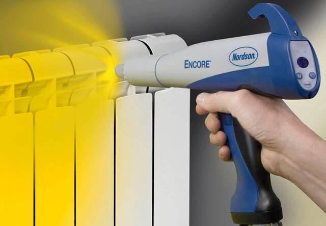 Какую краску для радиаторов отопления без запаха выбрать? Акриловая быстросохнущая и без запаха - советы