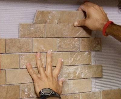 Отделка прихожей декоративным камнем: интерьер, укладка, фото, видео