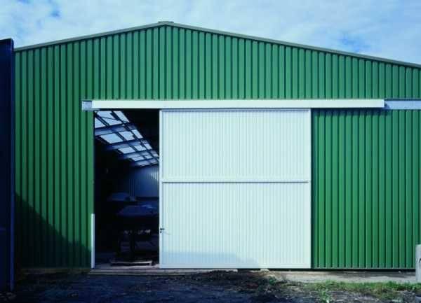 Как сварить ворота в гараж своими руками из профильной трубы
