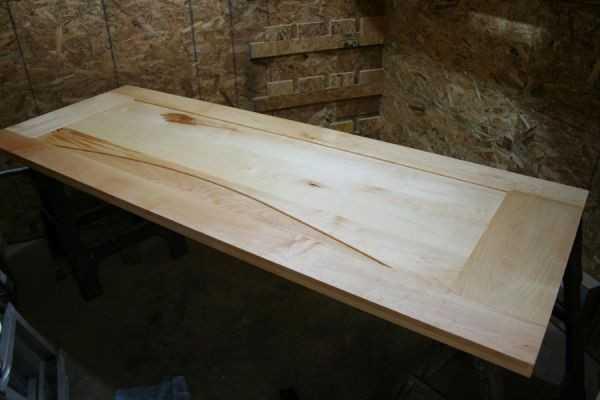 Изготовление дверей из дерева: особенности изделий и советы