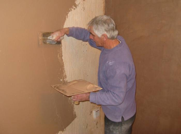 Штукатурные работы (111 фото): штукатурка и отделка стен своими руками, как правильно наносить и сколько сохнет смесь