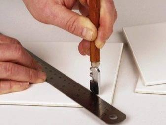 Резка плитки: чем резать изделие и как отрезать без сколов, гидроабразивная резка керамической плитки, как вырезать снежинки из потолочной плиты
